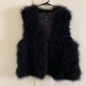 NAVY FAUX FUR CLUB MONACO